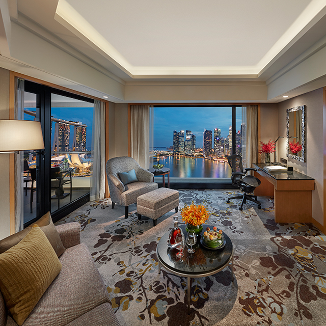 SingapoRediscovers - Marina Bay Suite