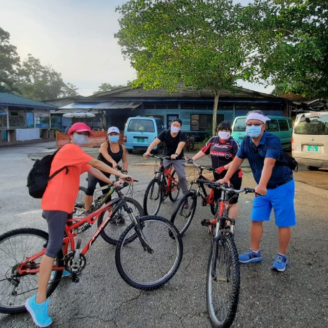 Explore Western Pulau Ubin