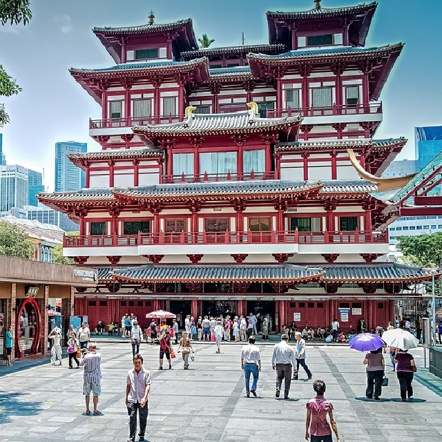 Chinatown & Ann Siang Hill Tour (Half day)