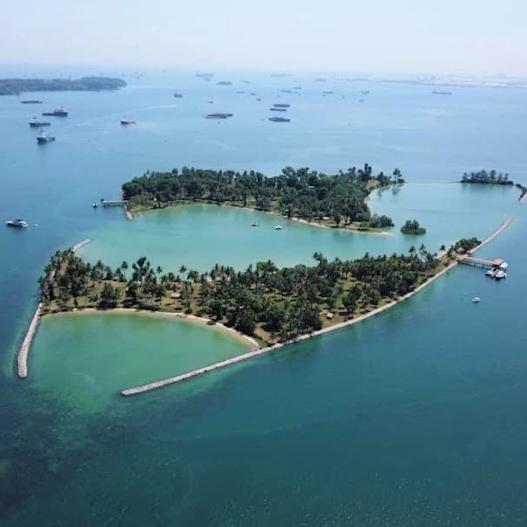 Western Islands & Pulau Hantu